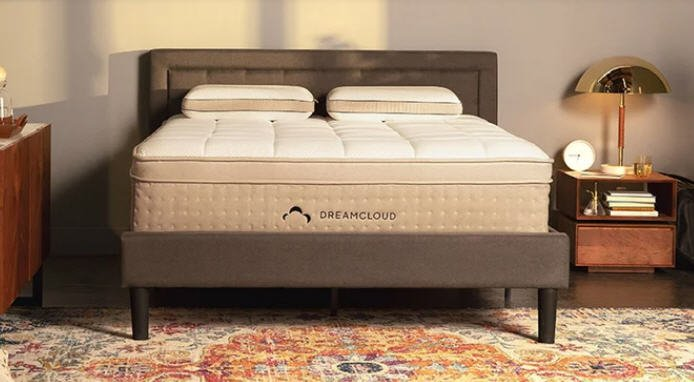 Dreamcloud Luxury Hybrid Mattress that is very comfortable