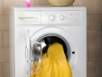 Electric blanket in a washing machine
